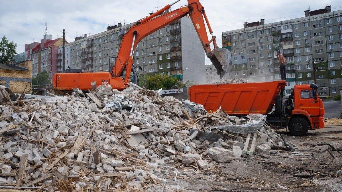 фокин и сараев удалявшие строительный мусор